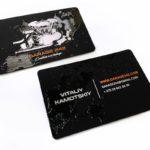 визитки шелкогравия+нанесение лаком, бумага touche cover